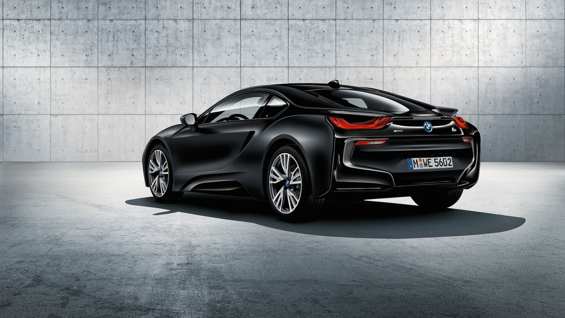 bmw-i8-frozen-black-and-yellow (9).jpg