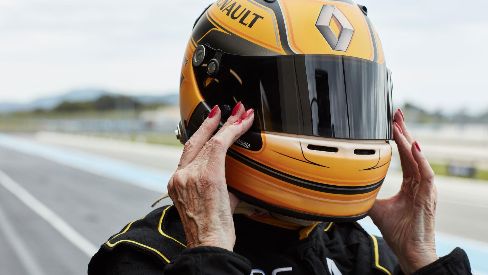 79-year-old-f1-driver (5).jpg
