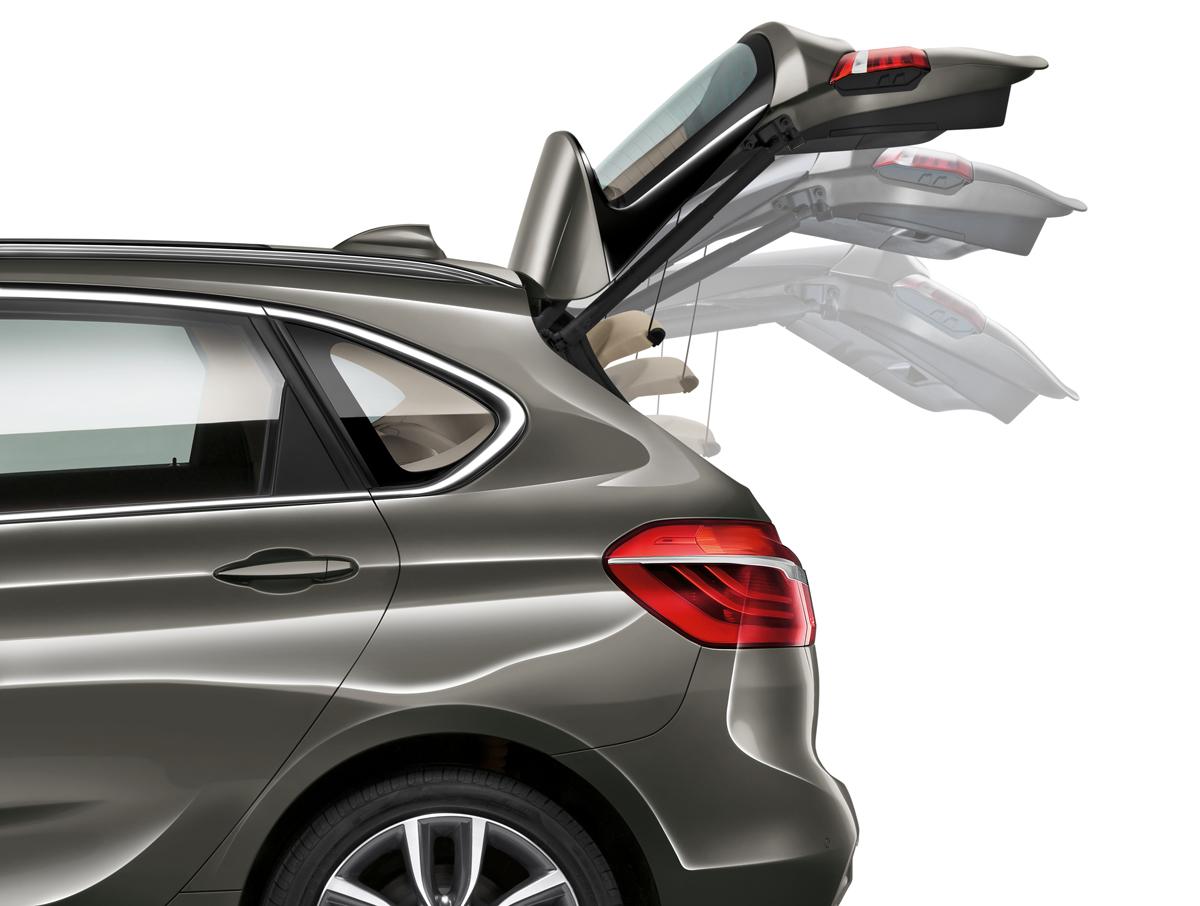 [新聞照片二] 2018年式BMW 218i Active Tourer、BMW 218d Active Tourer與BMW 220i Active Tourer全面升級標準配備電動尾門啟閉系統.jpg