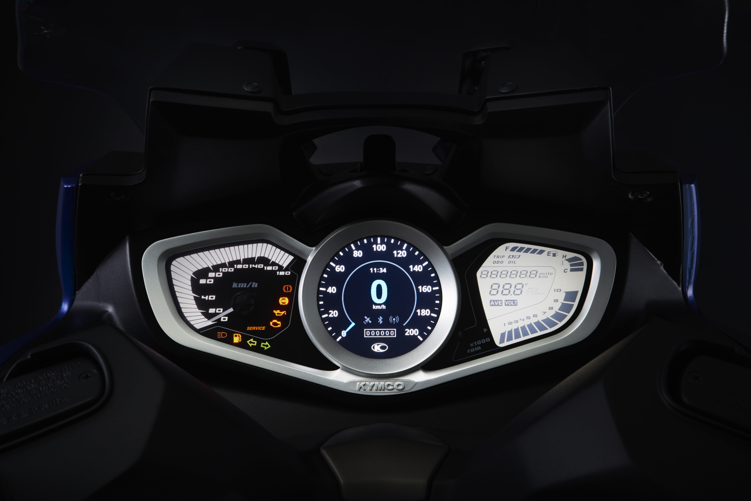 NEW XCITING S 400-dashboard-2.JPG