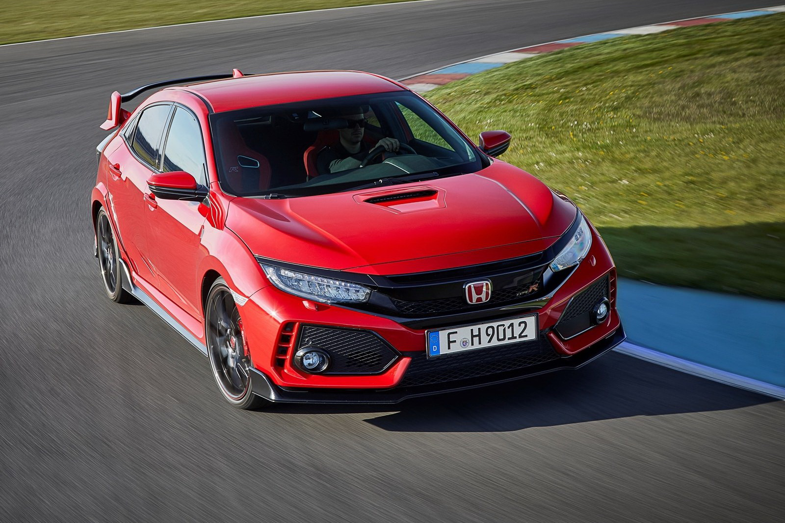 Honda-Civic_Type_R-2018-1600-10.jpg