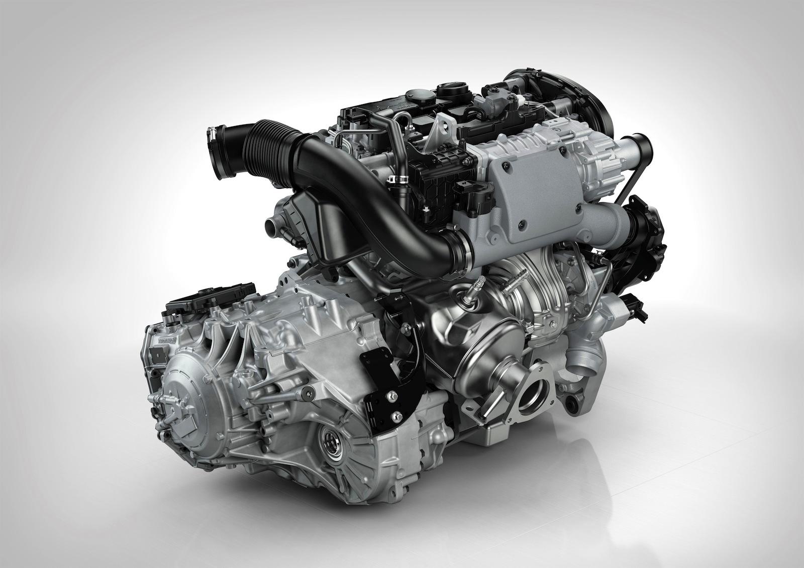 Volvo_T6_AWD_3.jpg
