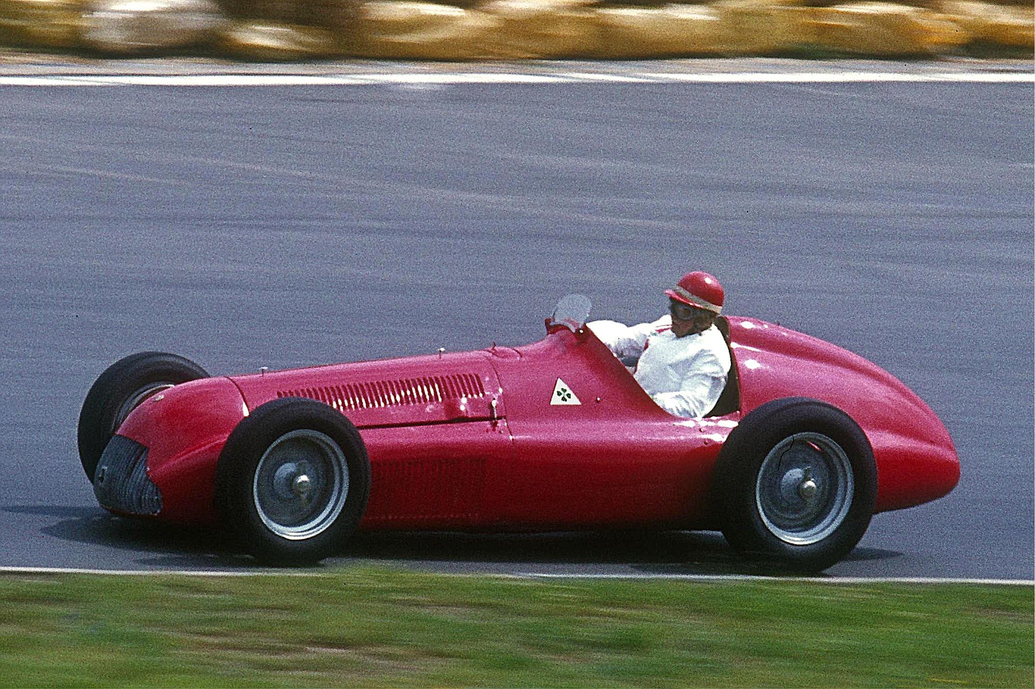 Alfa_Romeo_Alfetta_159.jpg
