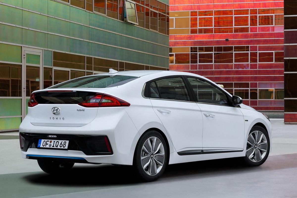 Hyundai-Ioniq-2017-1600-20.jpg