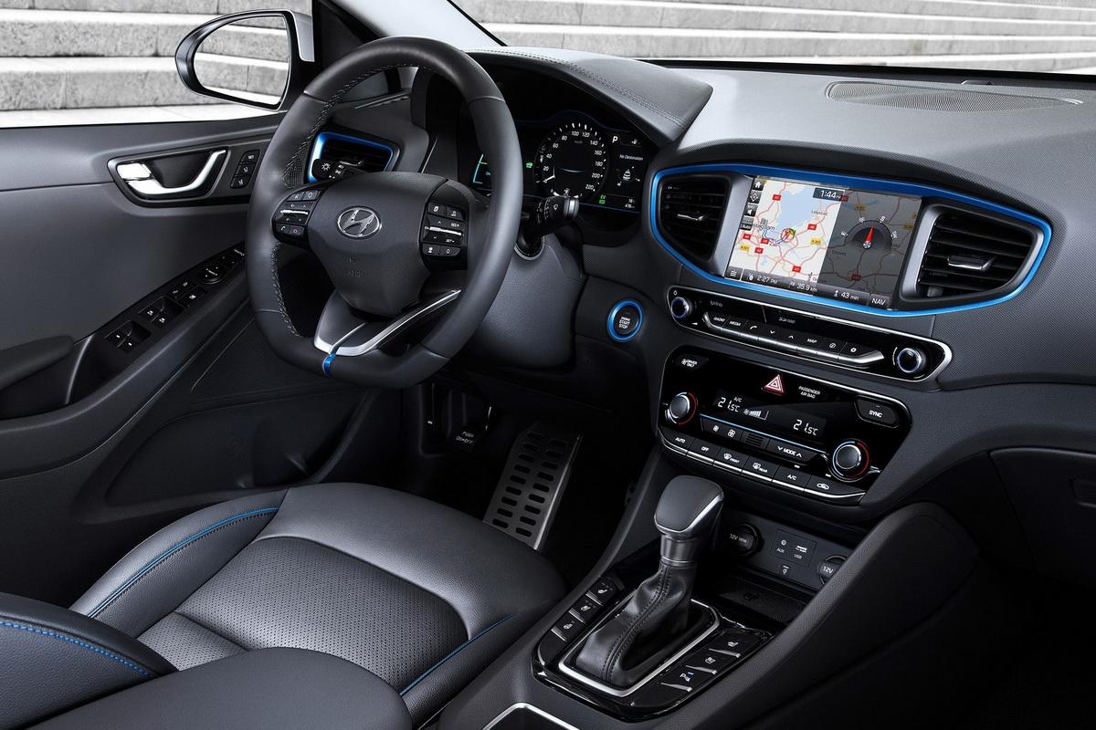 Hyundai-Ioniq-2017-1600-60.jpg