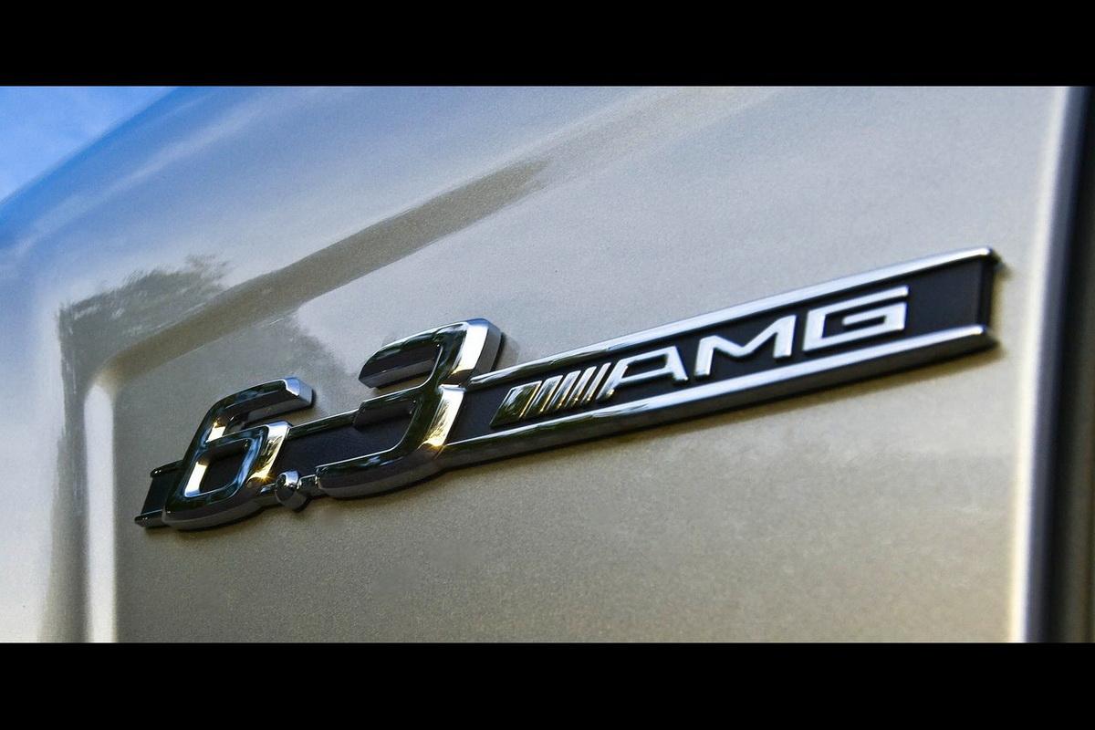 Mercedes-Benz-C63_AMG-2008-1280-6d.jpg