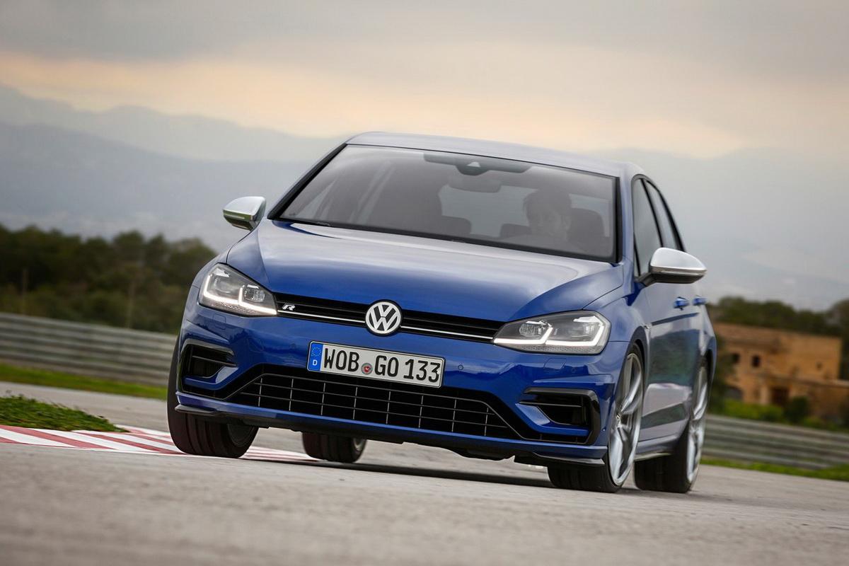 Volkswagen-Golf_R-2017-1280-03.jpg