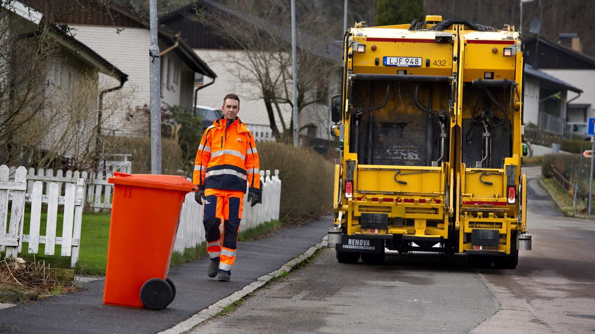 volvo-autonomous-garbage-truck.jpg