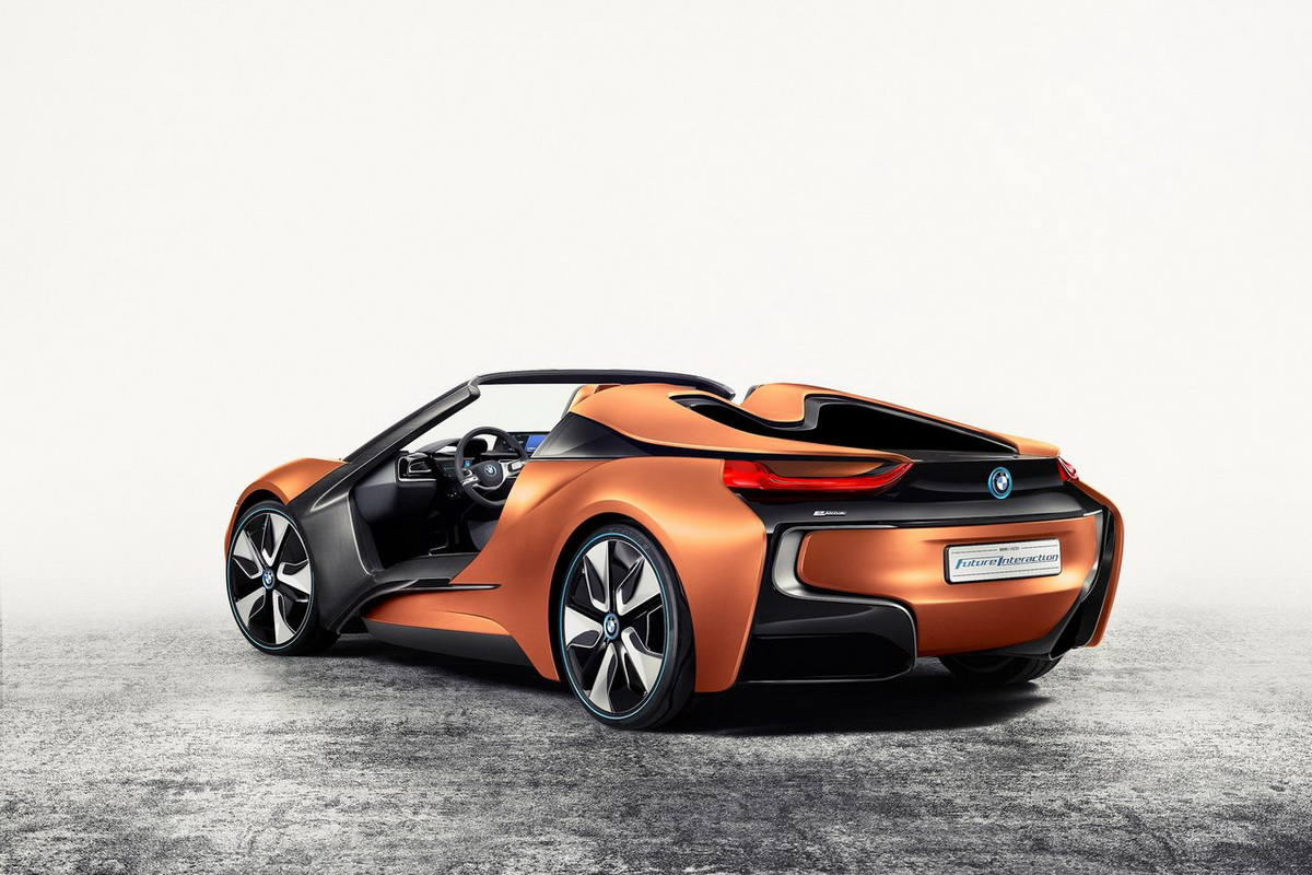 BMW-i_Vision_Future_Interaction_Concept-2016-1280-04.jpg