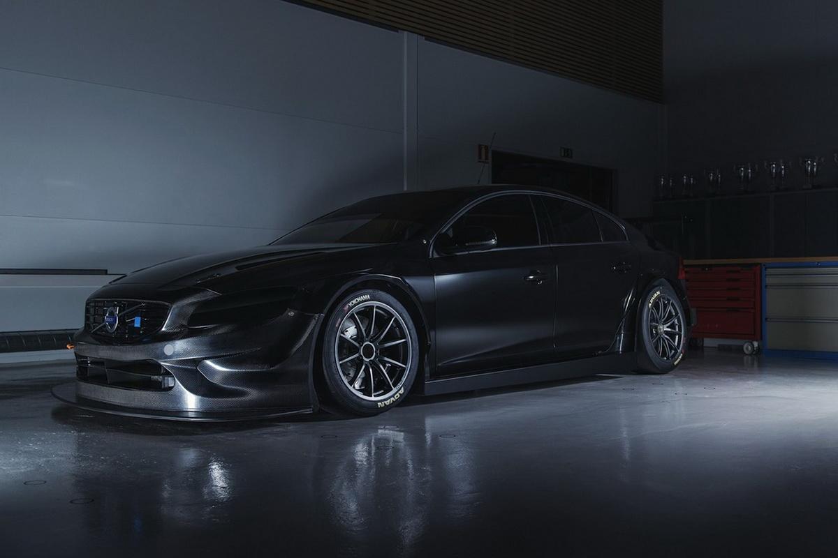 volvo-s60-test-car-for-2017-wtcc.jpg