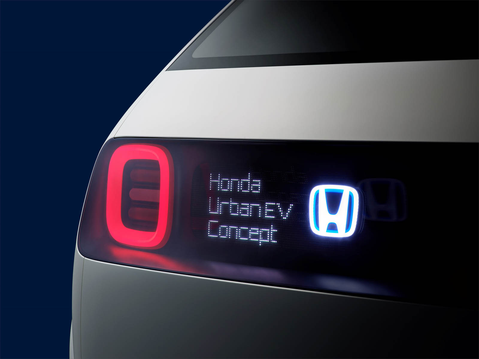 113875_Honda_Urban_EV_Concept_unveiled_at_the_Frankfurt_Motor_Show copy.jpg