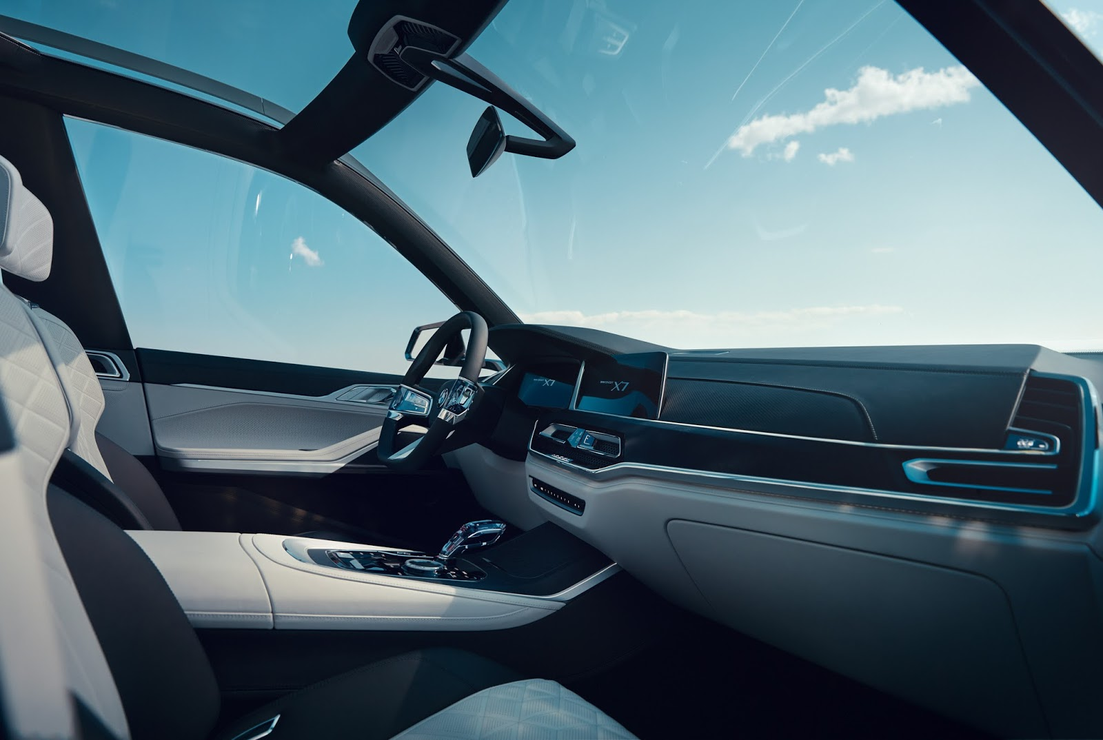 BMW-X7-iPerfomance-Concept-6.jpeg