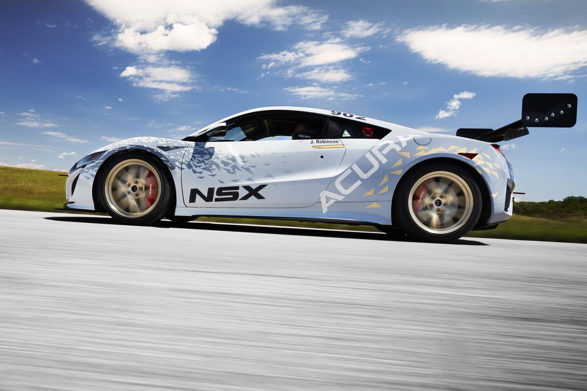 Acura_NSX_Pikes_Peak.jpg