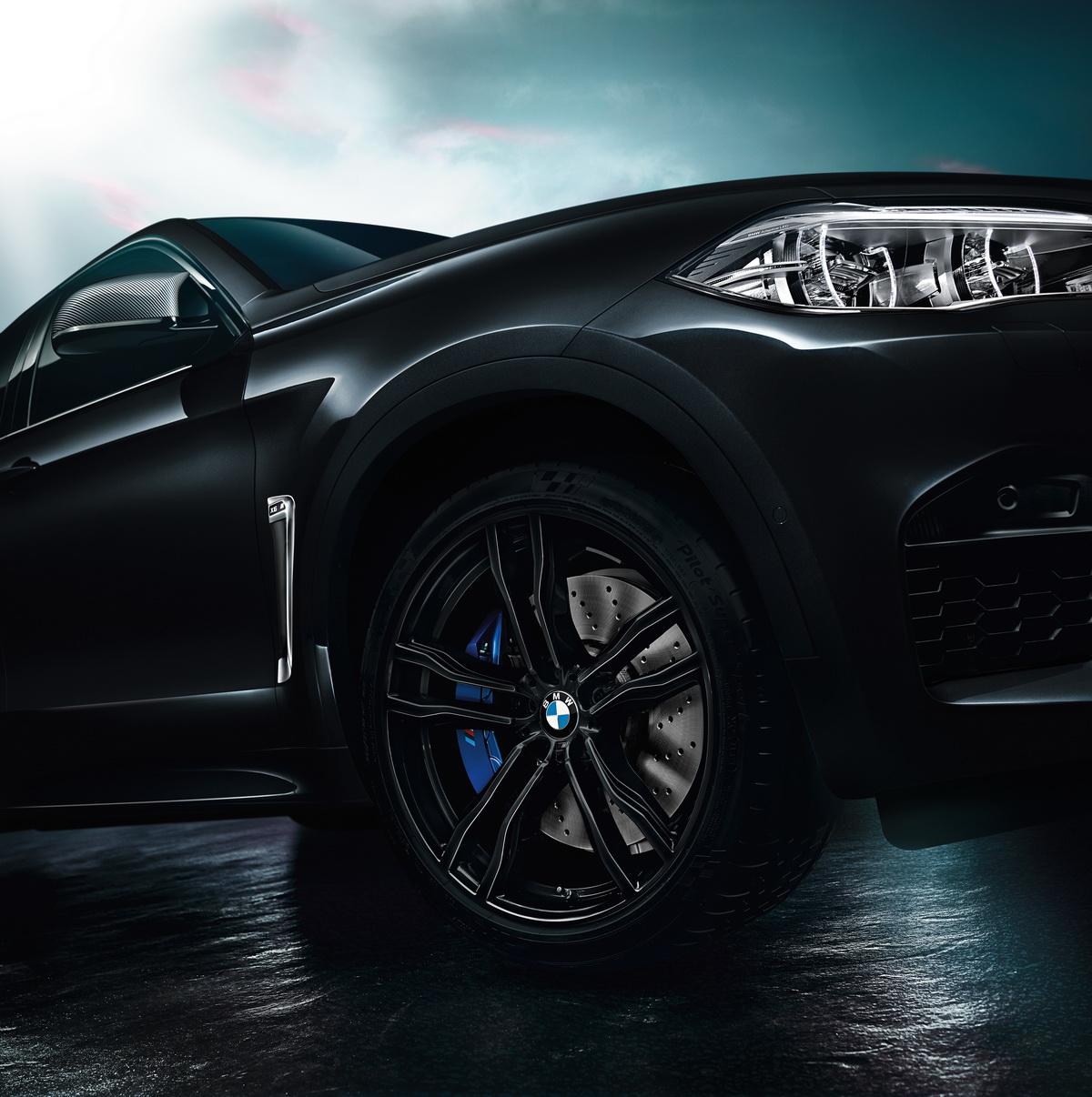P90264428_highRes_the-new-bmw-x5-m-and.jpg