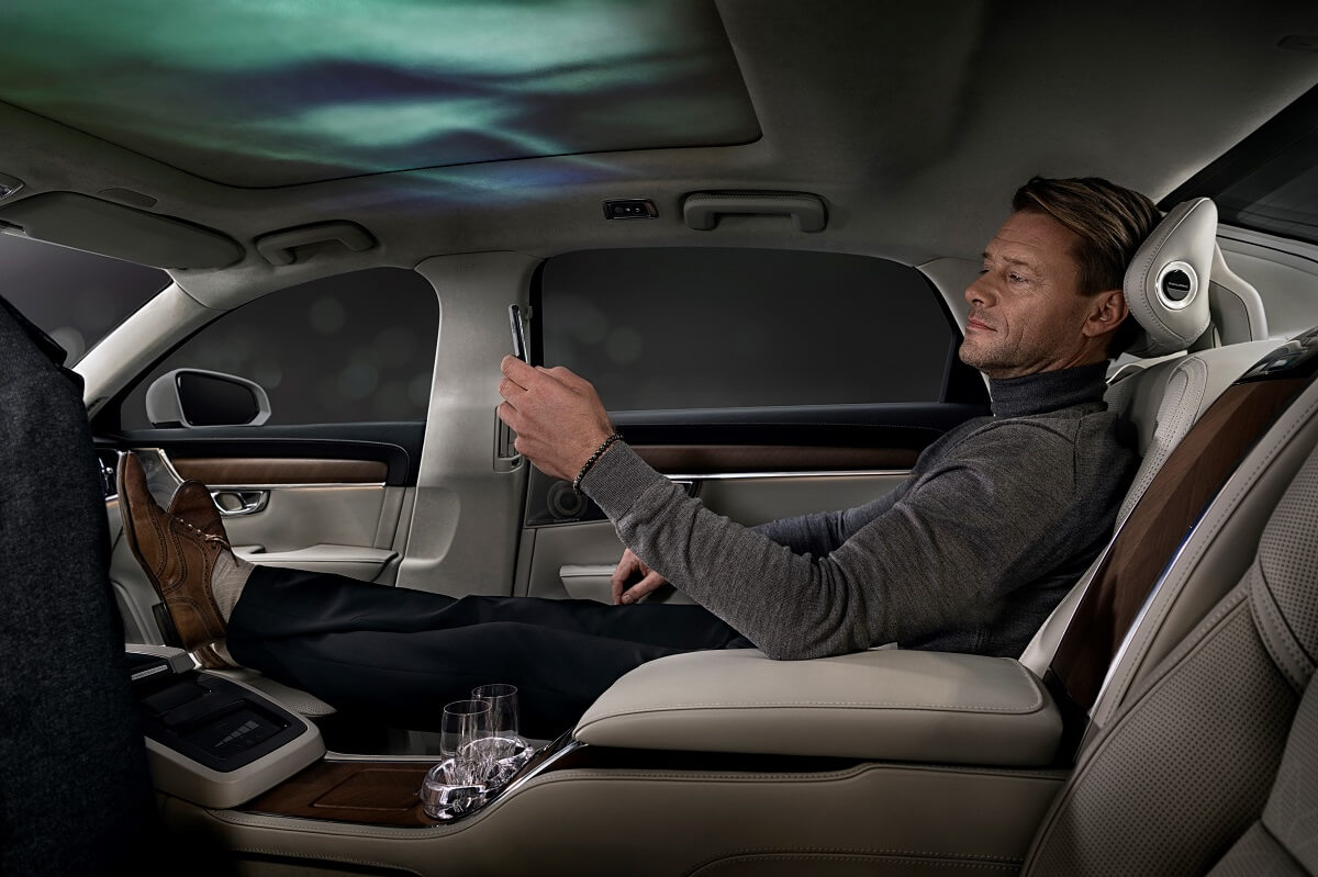 227611_Volvo_S90_Ambience_Concept.jpg