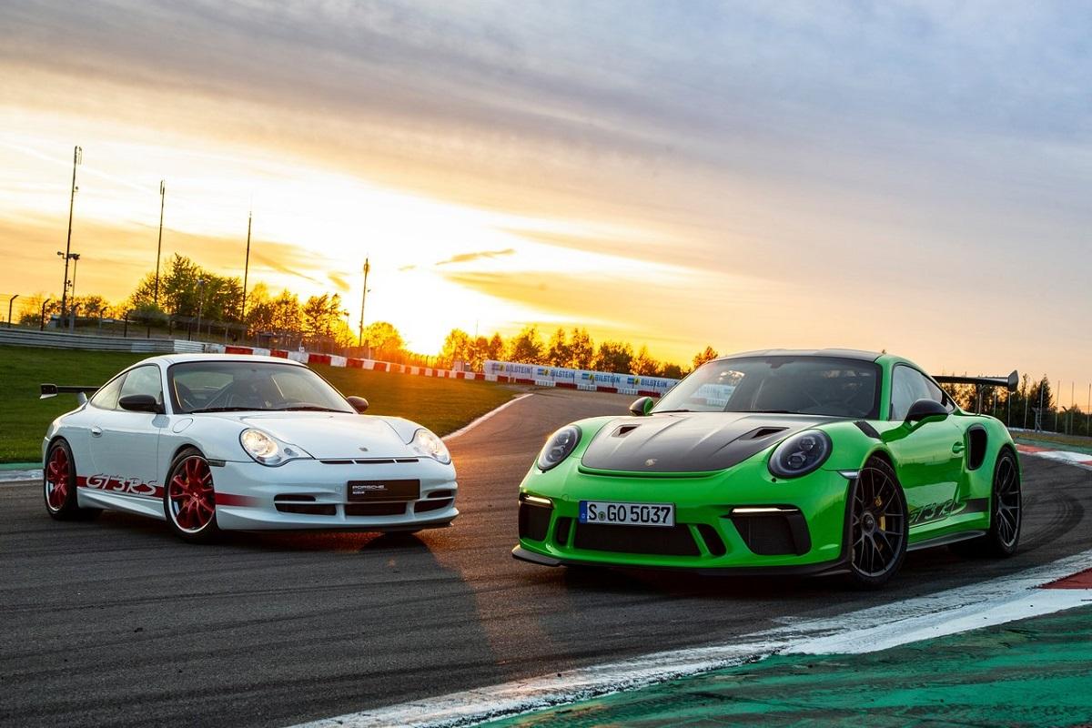 Porsche-911_GT3_RS_Weissach_Package-2019.jpg