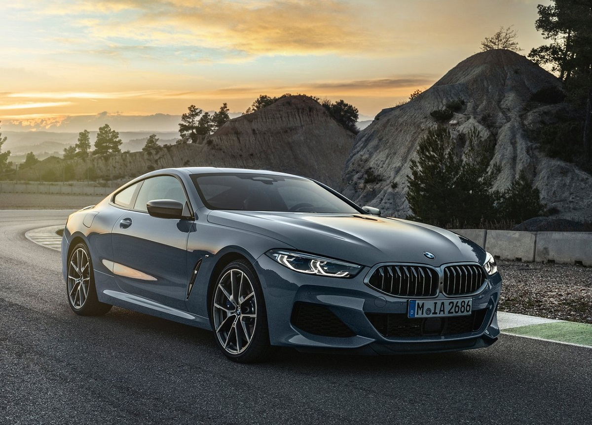BMW-8-Series_Coupe-2.jpg