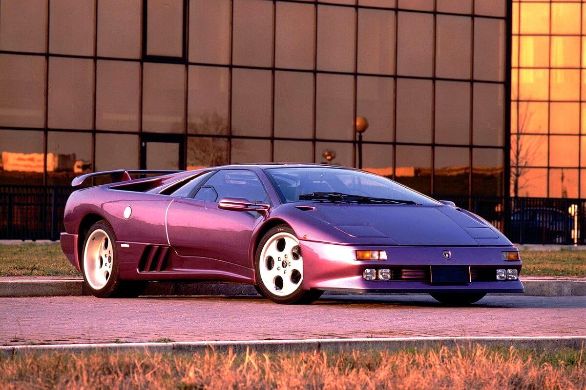 Lamborghini-Diablo_SE-1994.jpg