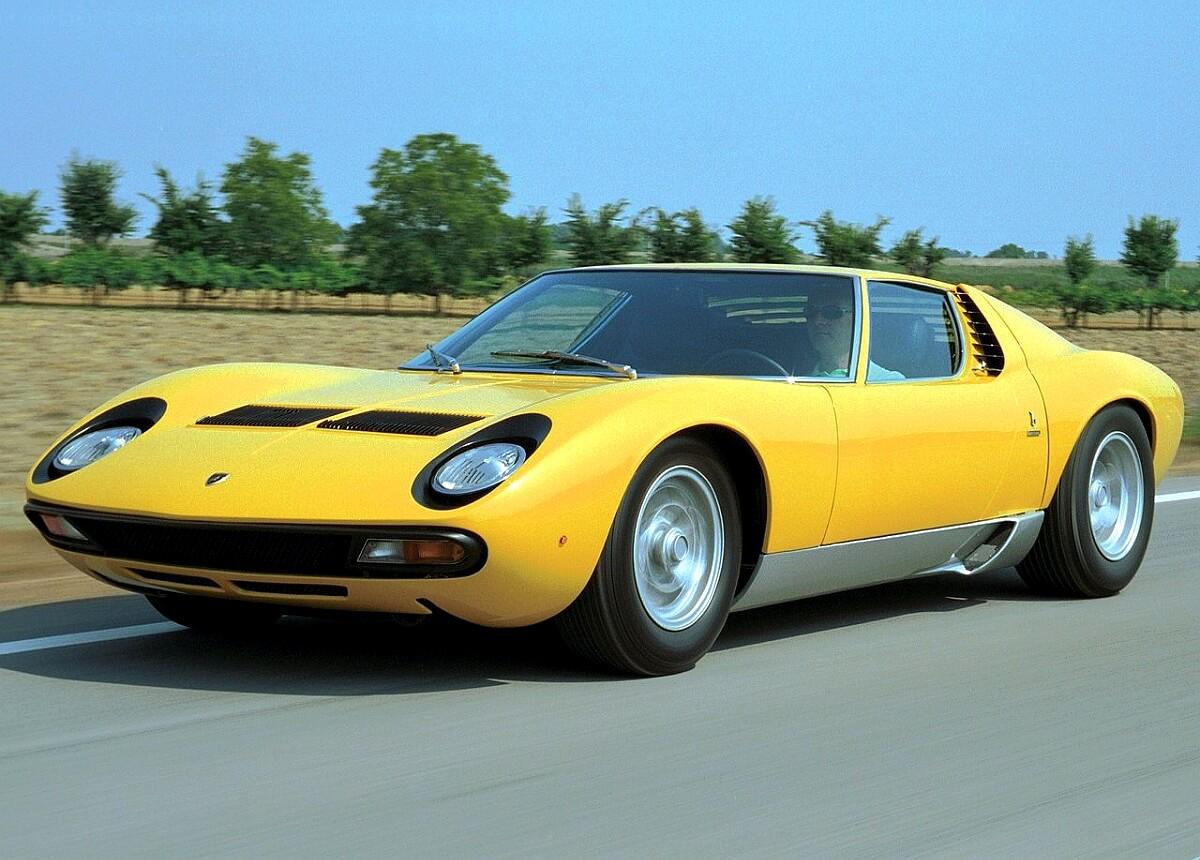 Lamborghini-Miura_SV-1971.jpg