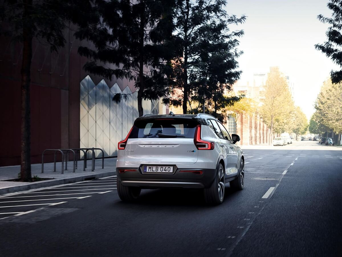236076_New_Polestar-developed_software_introduced_by_Volvo_Cars.jpg