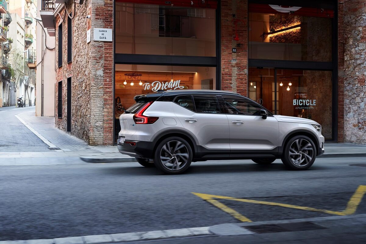 236079_New_Polestar-developed_software_introduced_by_Volvo_Cars.jpg