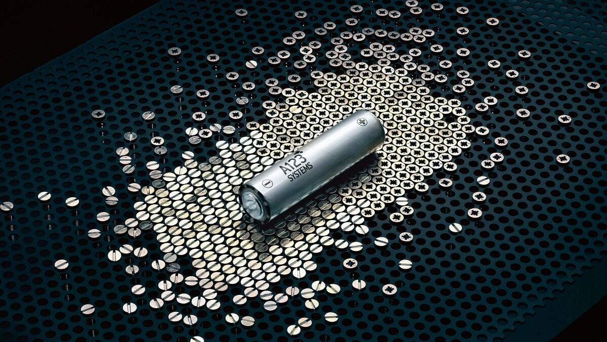 high_battery_cell_919_hybrid_2016_porsche_ag.jpg