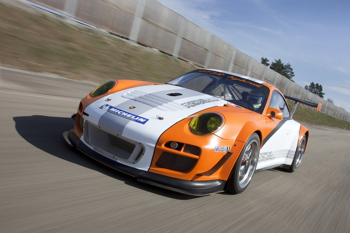 Porsche-911_GT3_R_Hybrid_2.0-2011-2.jpg