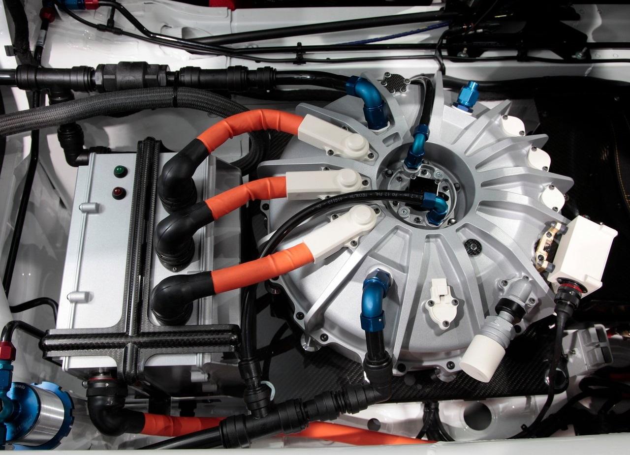 Porsche-911_GT3_R_Hybrid_2.0-2011-3.jpg