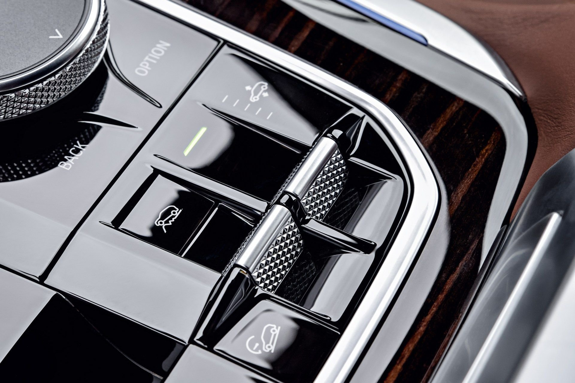 BMW-X5-41.jpg