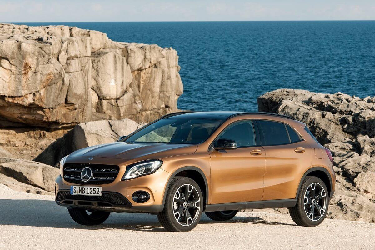Mercedes-Benz-GLA-2018 (1).jpg