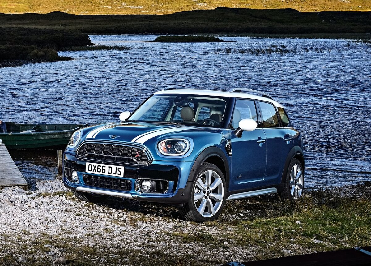 Mini-Countryman (1).jpg