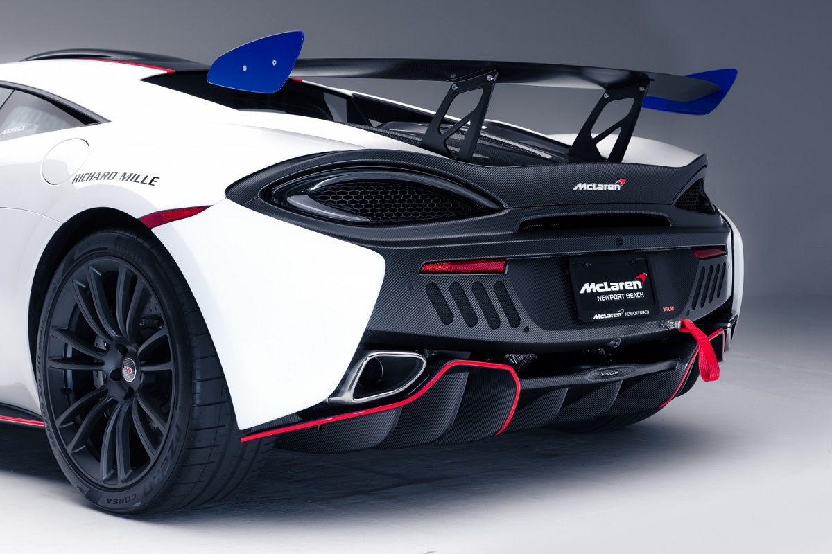 8824-McLaren+MSO+X+-+08+Anniversary+White_Red+and+Blue+Accents+-+07.jpg
