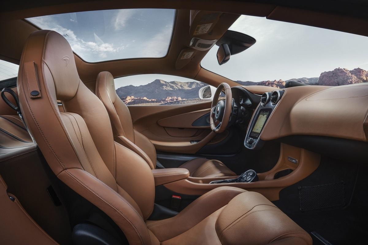 8779-McLaren+570GT+By+McLaren+Designer+interior_tan.jpg