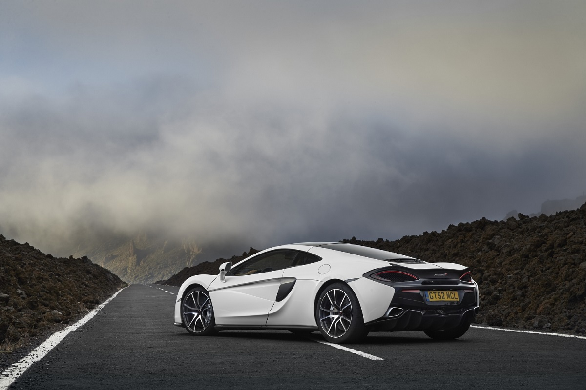 8781-McLaren+570GT+Sport+Pack+MY2018.jpg