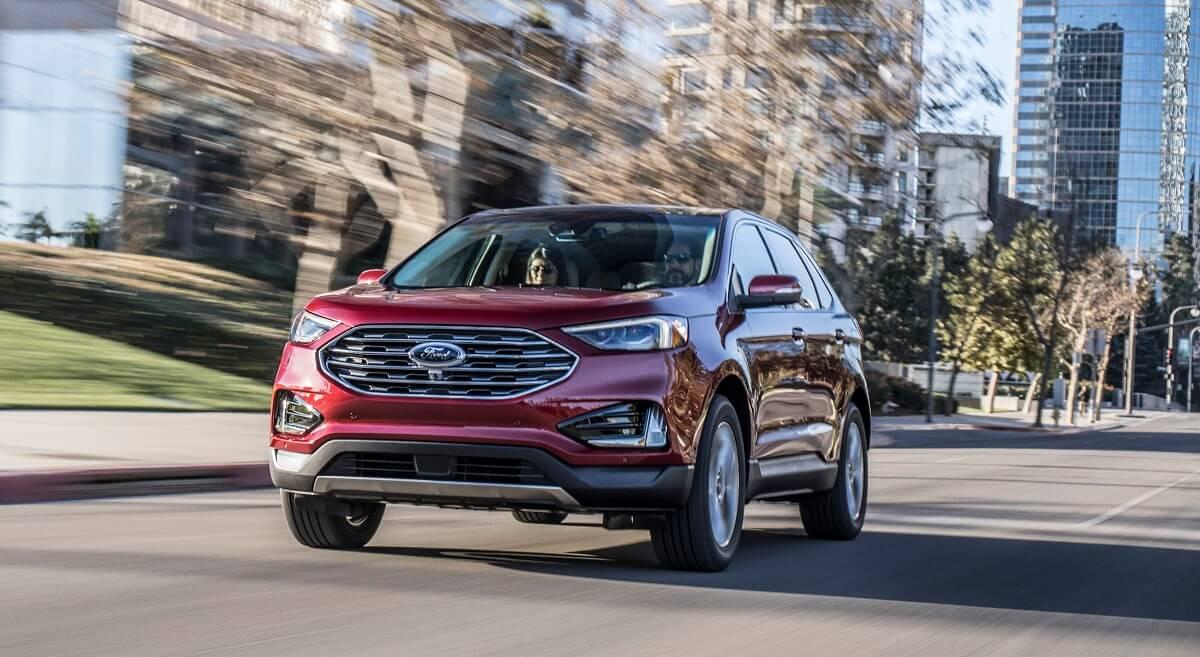 2019-Ford-Edge-Titanium-2.jpg