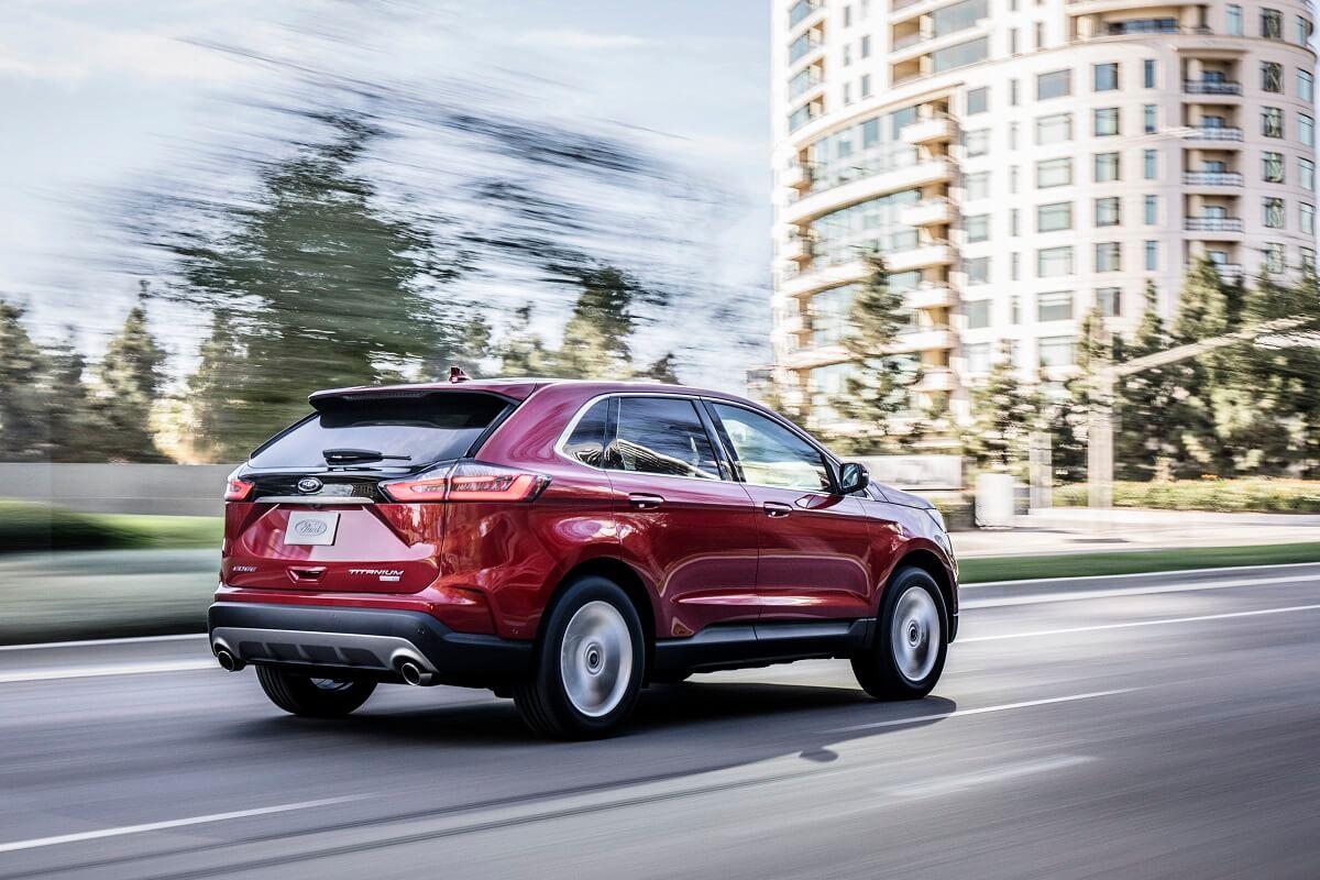 2019-Ford-Edge-Titanium-3.jpg