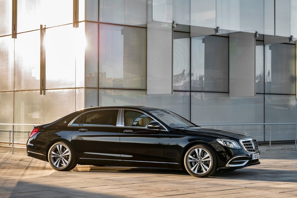 Mercedes-Benz-S-Class_Maybach.jpg