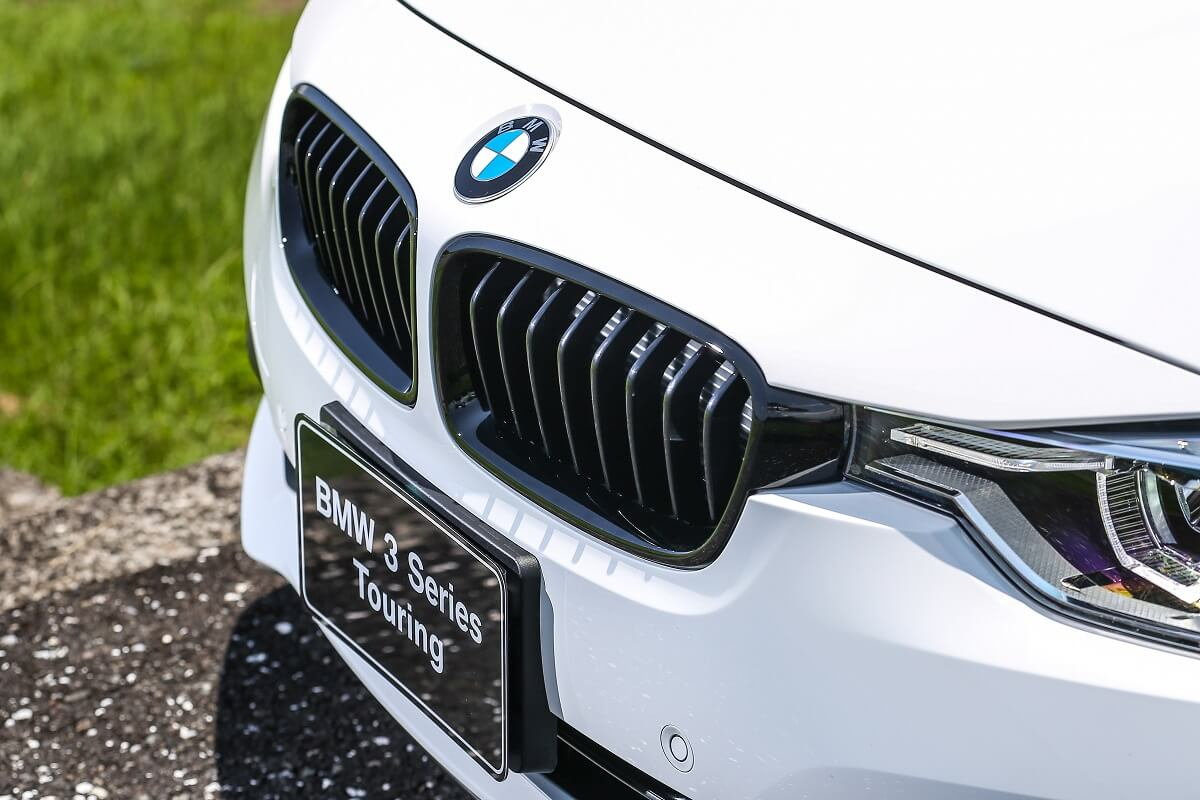 BMW 3 Touring M Performance Edition (8).jpg