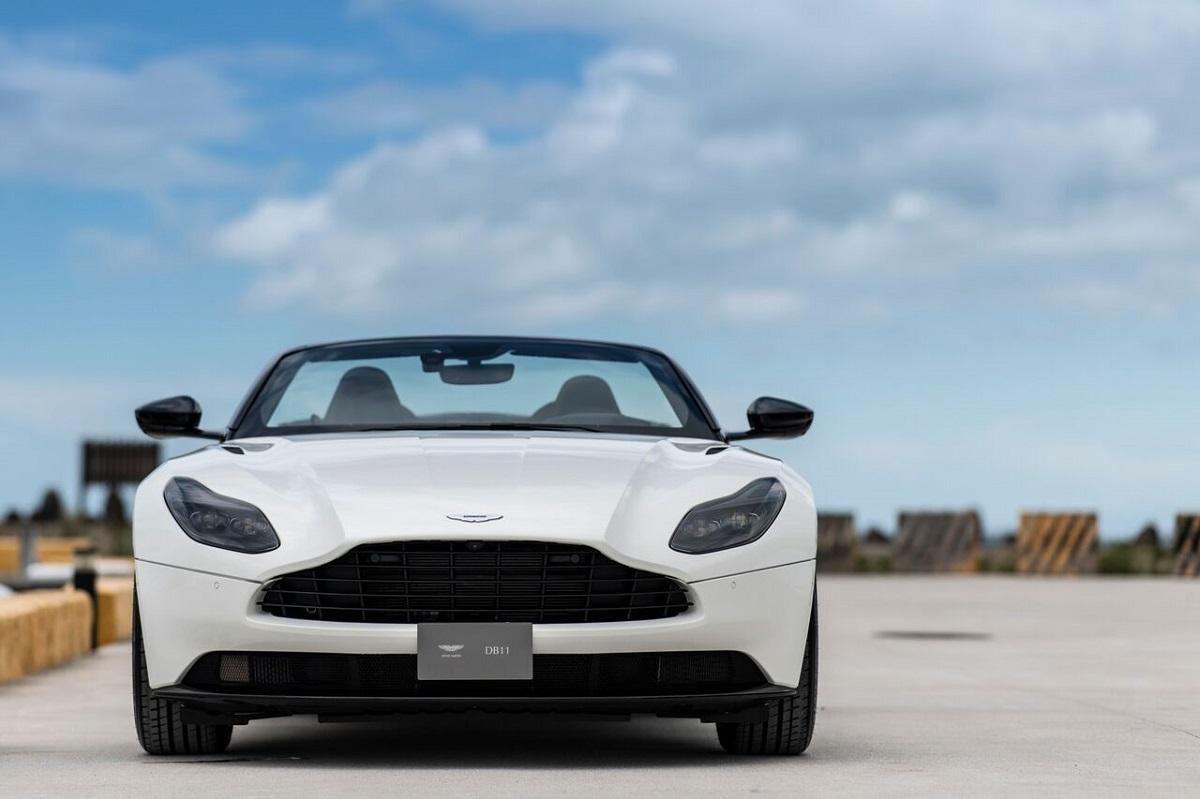 Aston Martin 2.jpeg