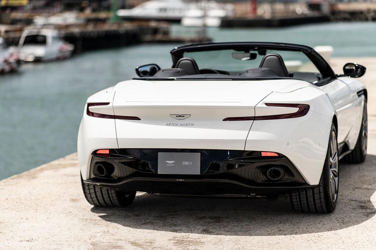 Aston Martin 4.jpeg