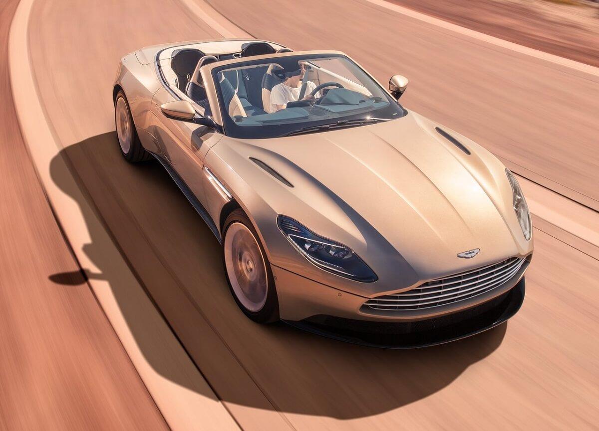 Aston_Martin-DB11_Volante-2019 (1).jpg