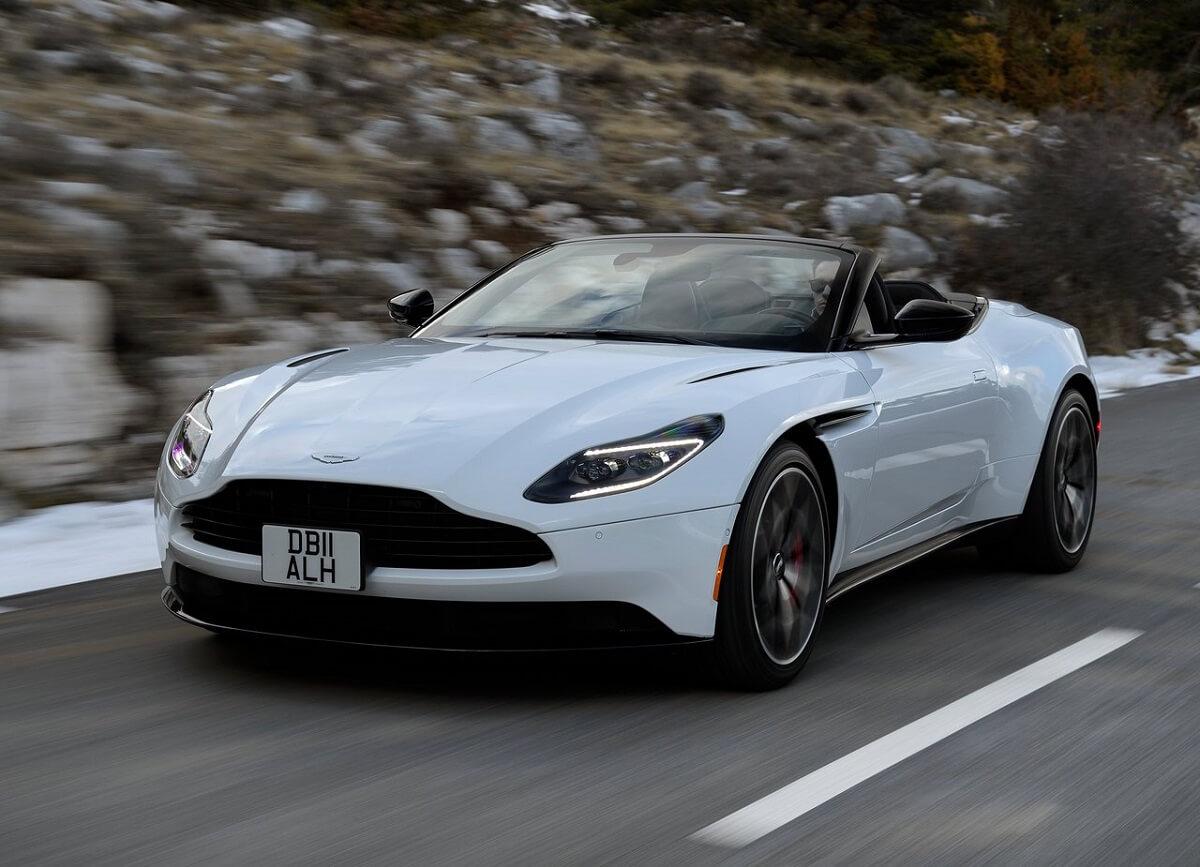 Aston_Martin-DB11_Volante-2019 (2).jpg