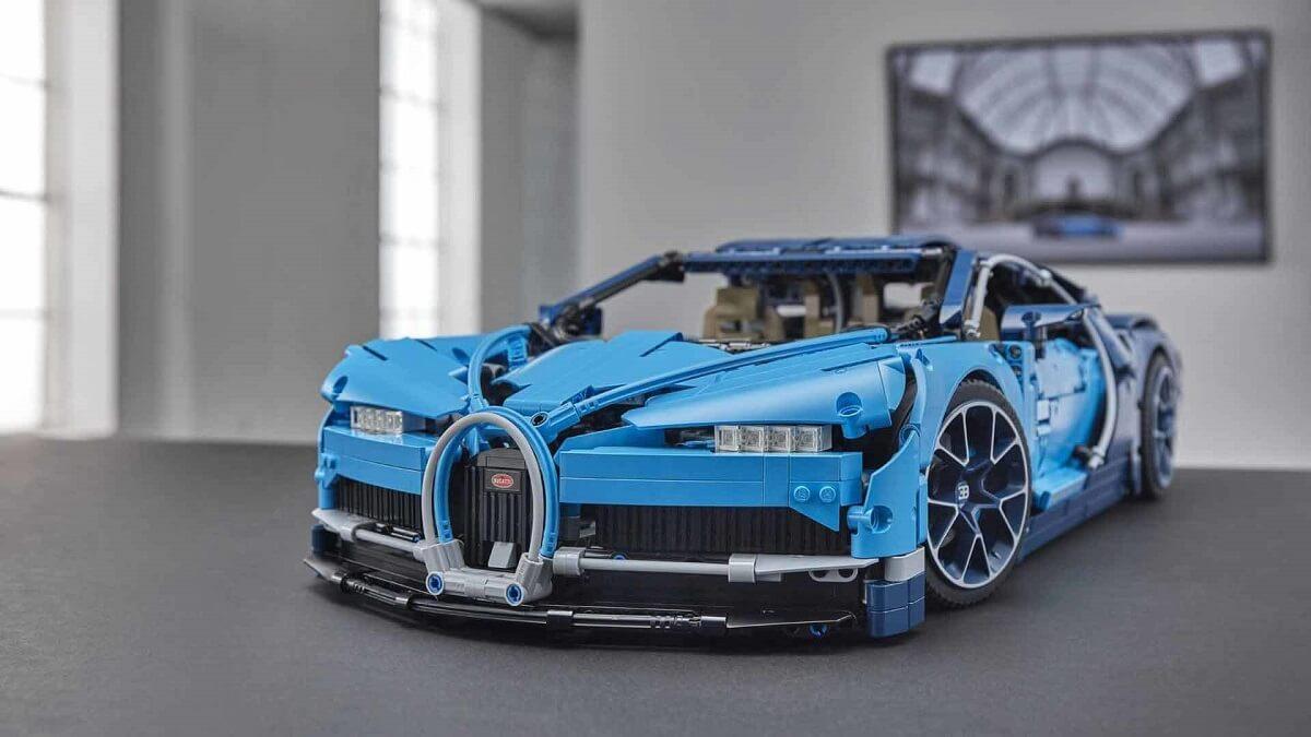 bugatti-chiron-lego (11).jpg