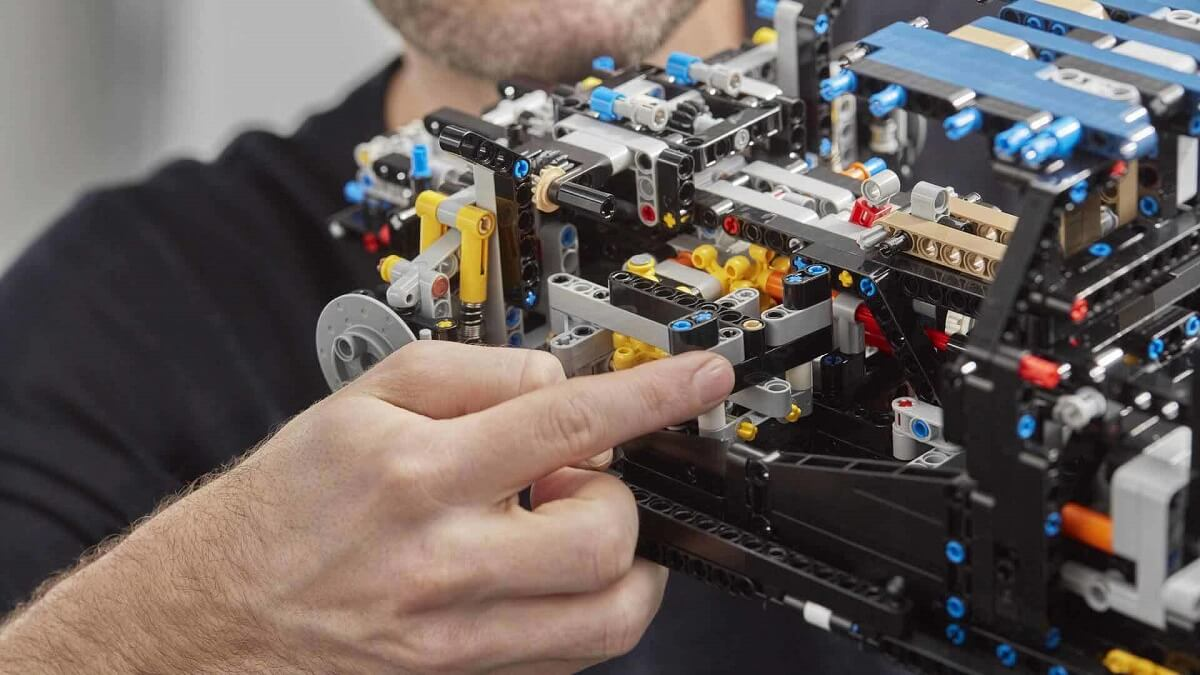 bugatti-chiron-lego (14).jpg