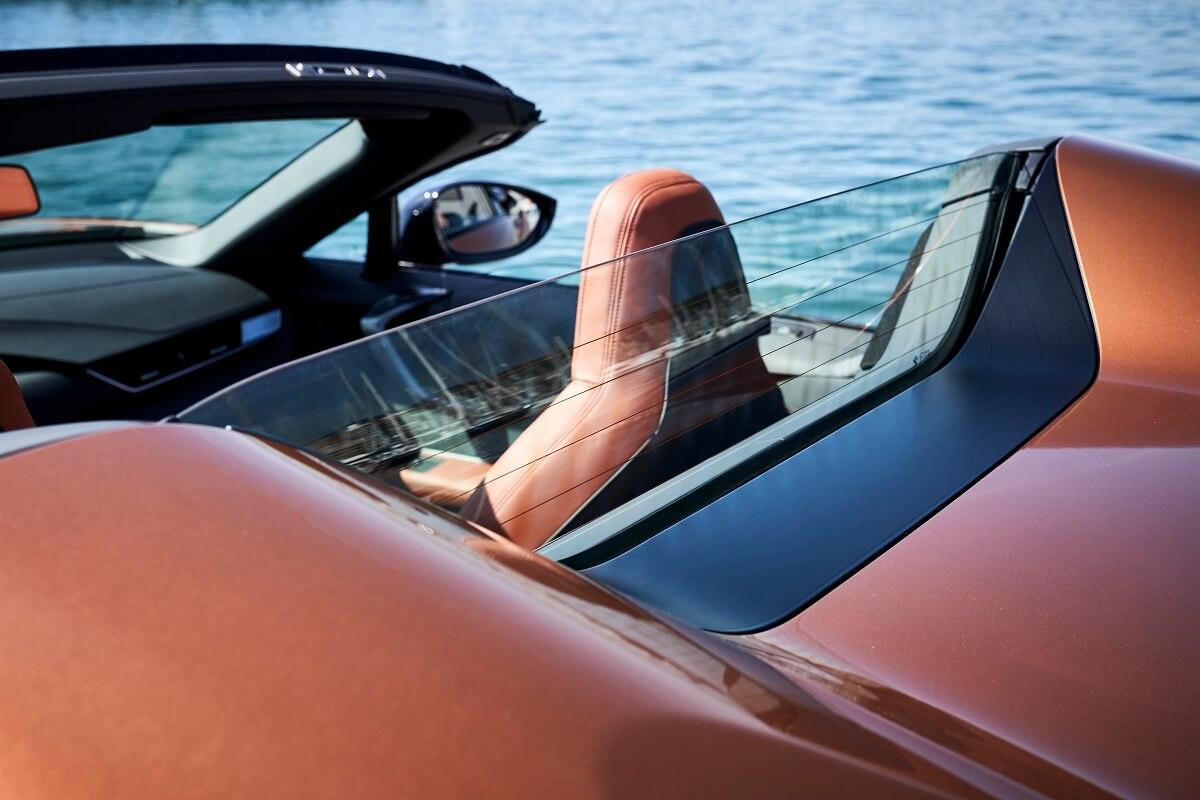 BMW i8 Roadster (18).jpg