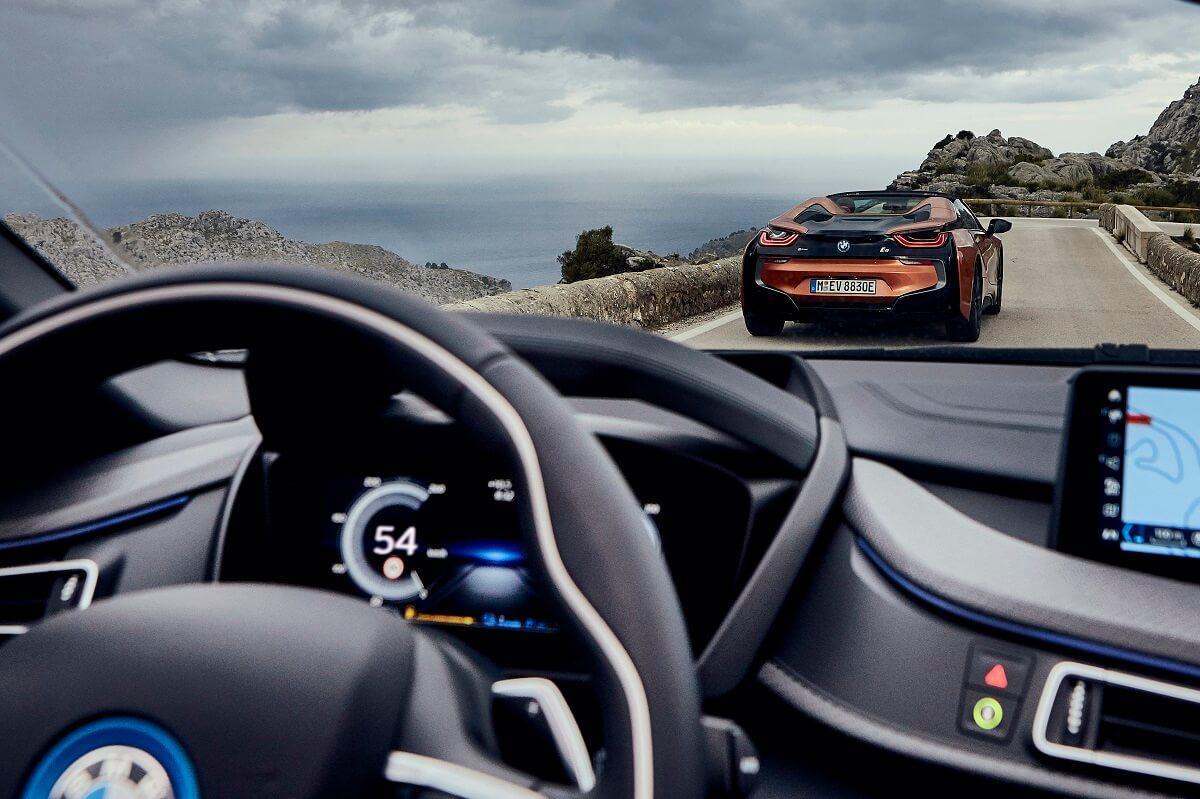P90301814_highRes_bmw-i8-roadster-04-2.jpg