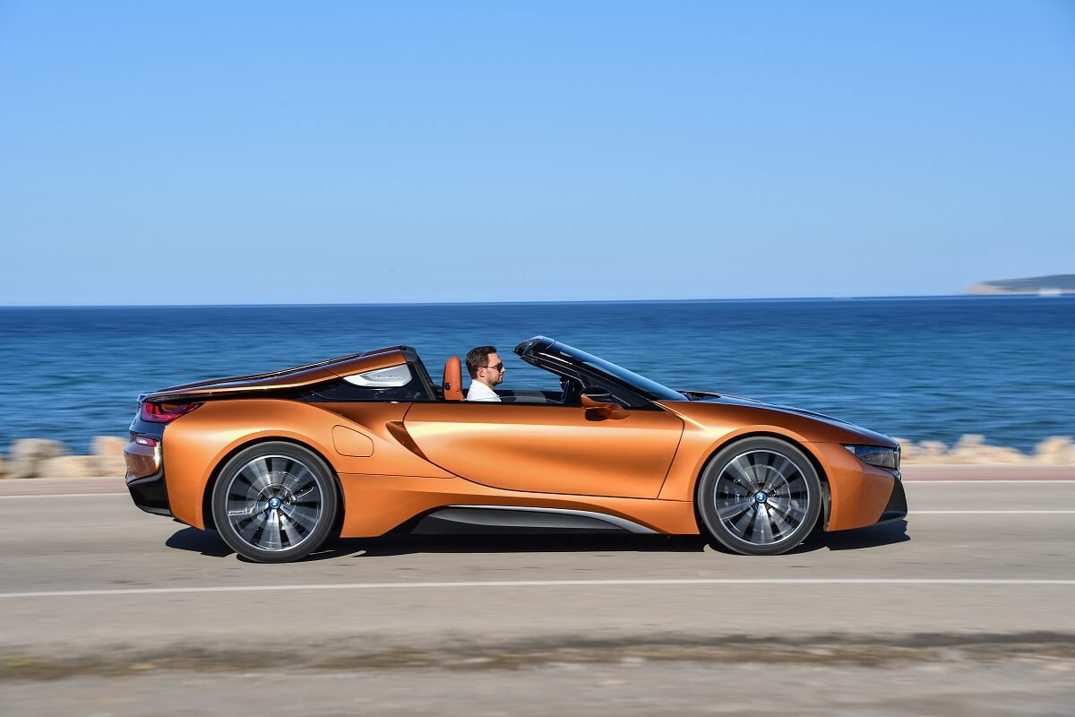 P90301915_highRes_bmw-i8-roadster-04-2.jpg