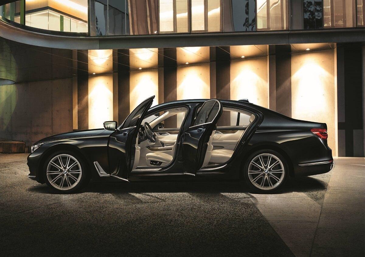 BMW7 (2).jpg