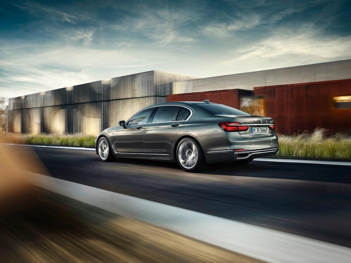 BMW7 (3).jpg