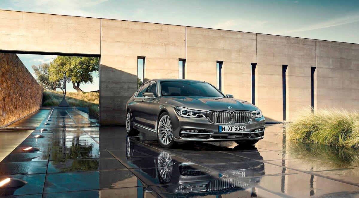 BMW7 (4).jpg